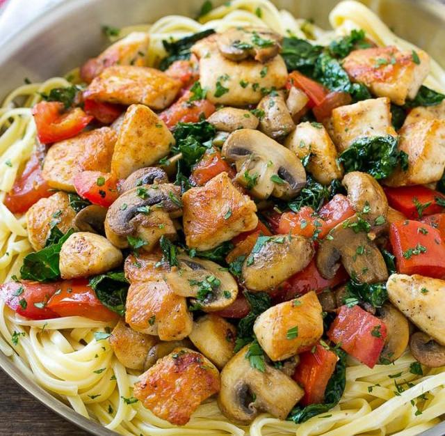 Салат из баранины с макаронами по-итальянски