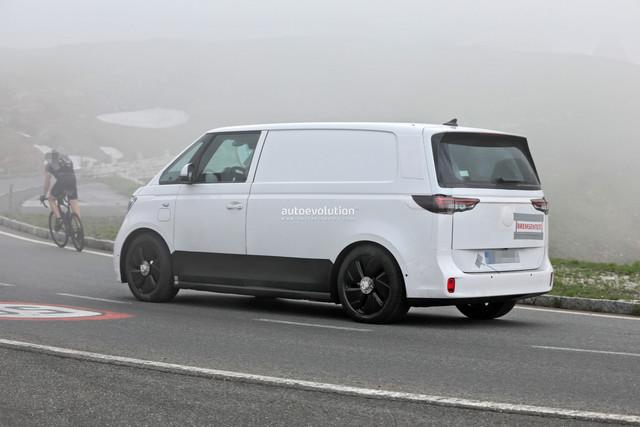 2022 - [Volkswagen] Microbus Electrique - Page 6 B6-E0-C875-EAA9-4924-B99-E-B5-E86489-DEEE