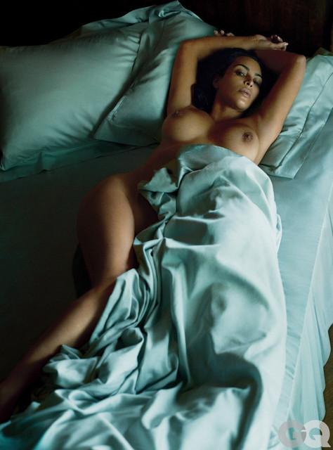 Kim-Kardashian-869