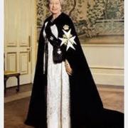 queen-cross