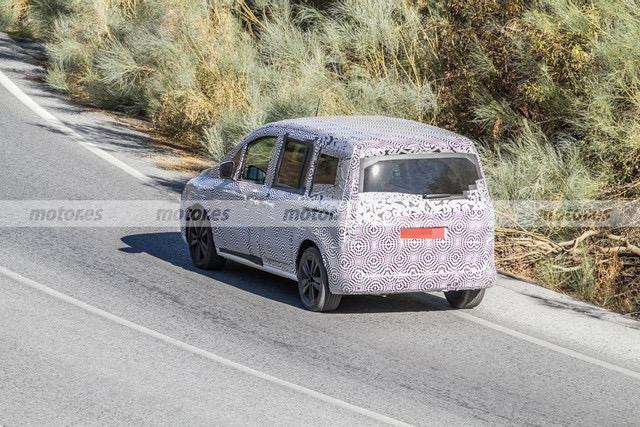 2020 - [Renault] Kangoo III - Page 15 E98-BAB6-D-ECCE-427-E-9-F13-F19-DF0073-BF2