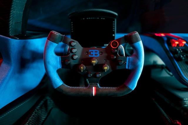 Édition de photos de Bugatti – Le Bolide de Bugatti est bien vrai Bugatti-bolide-interior-1