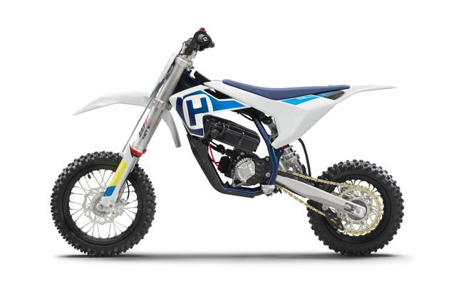 Husqvarna-EE-5-electric-dirt-bike-14.jpg