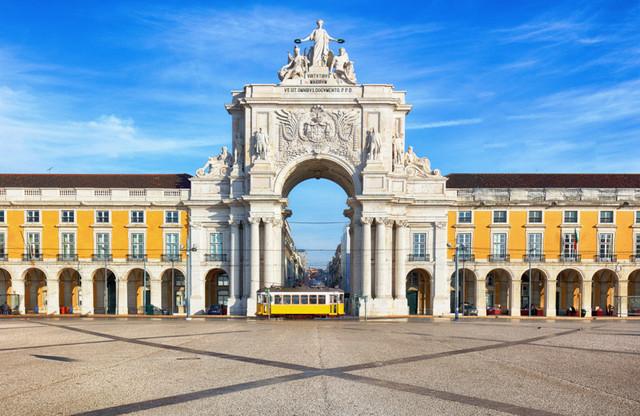 arco-plaza-comercio-maraton-lisboa-travelmarathon-es