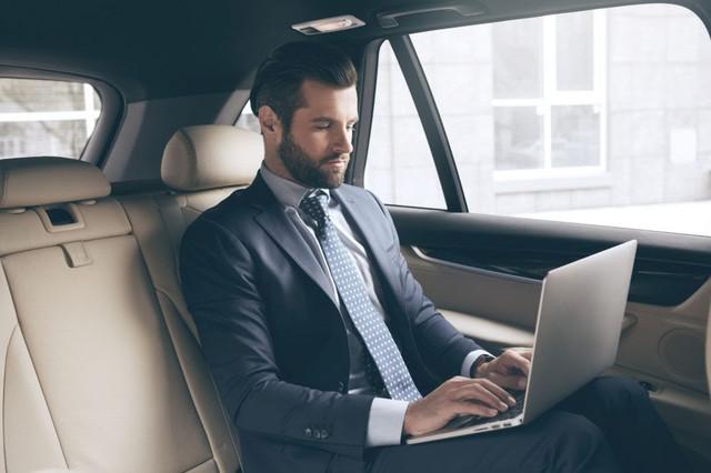 corporate-car-1024x682