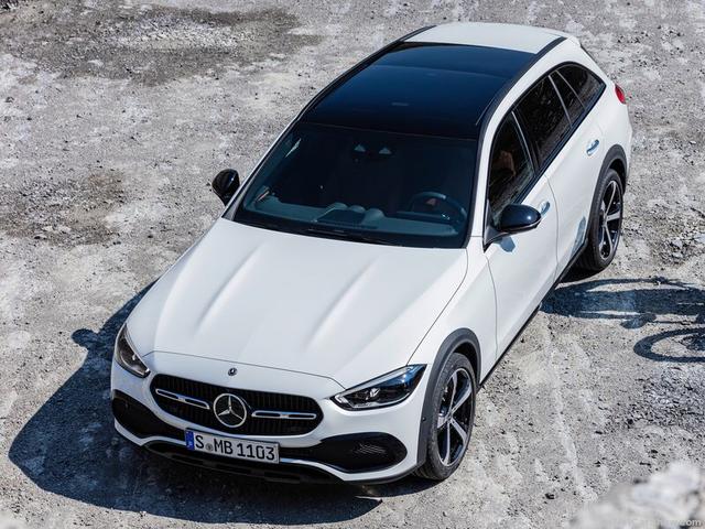 2021 - [Mercedes-Benz] Classe C [W206] - Page 18 760-A42-C6-4-E63-4-E53-84-F6-0768-C9-BFB637