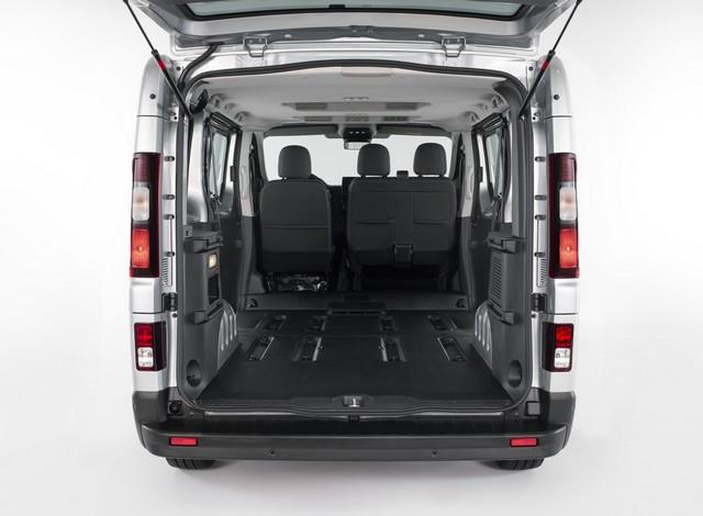 Le Nissan NV300 Combi Fait Peau Neuve New-NV300-Combi-Trunk-6-1200x881