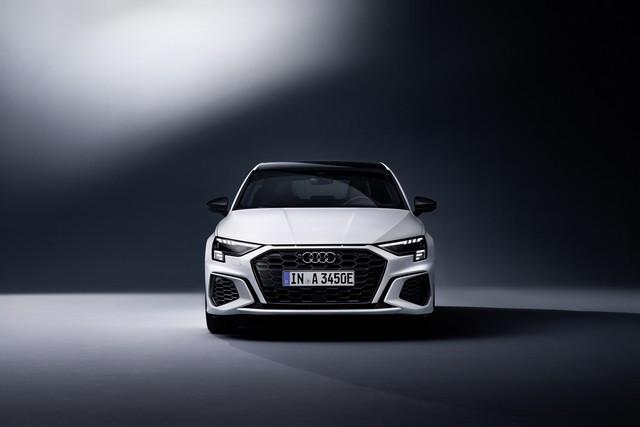 Hybride compacte avec une puissance de 245ch : l'Audi A3 Sportback 45 TFSI e A208937-medium