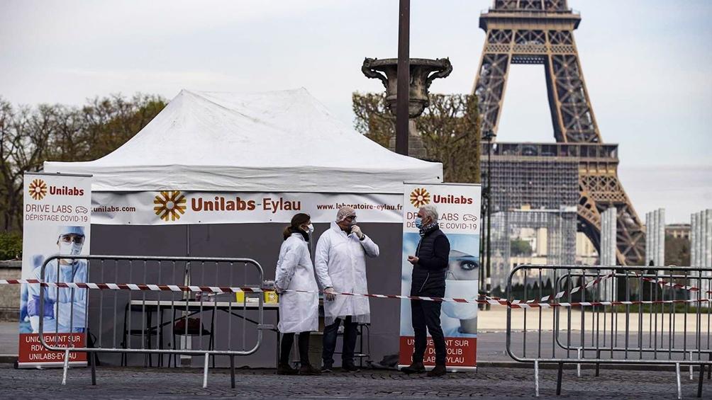 Francia impone cuarentena de diez días a los que lleguen desde Argentina