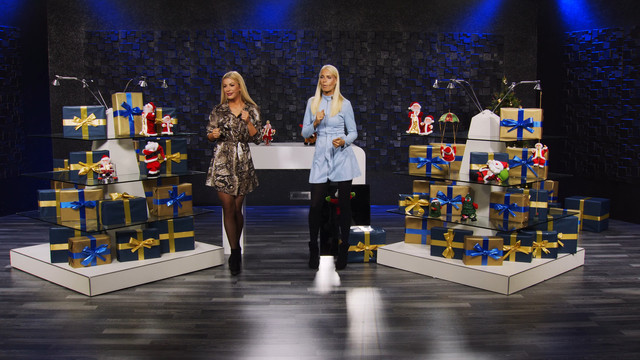cap-Wer-twerkt-besser-Der-Weihnachtsmann-oder-Vivien-Konca-Bei-PEARL-TV-Oktober-2019-4-K-UHD-00-08-54-05