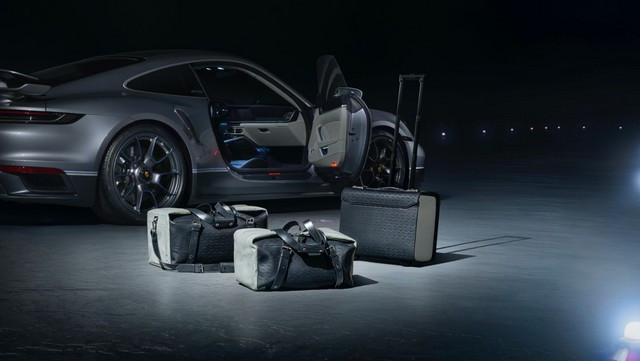 Haute performance sur terre et dans les airs: Porsche coopère avec Embraer EX22-V55-ID0013