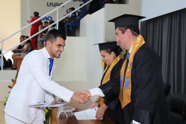 Graduacio-n-Medicina-135