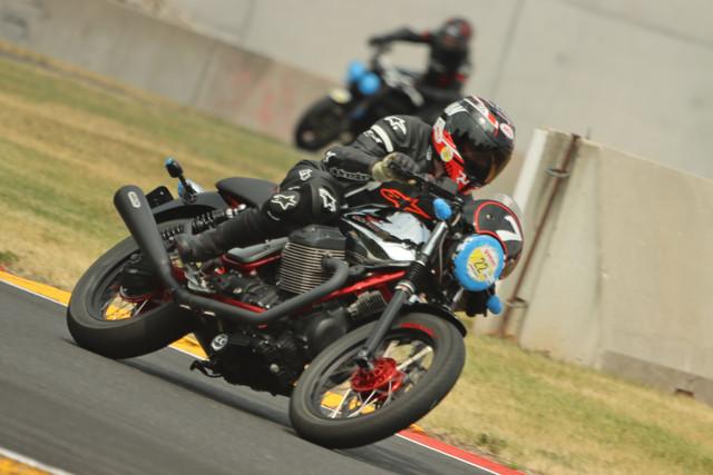 Ducati-Revs-Jim-Yellow-0171