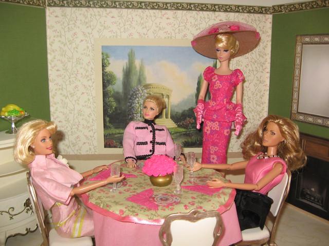 Diorama-Pink-Friday-1