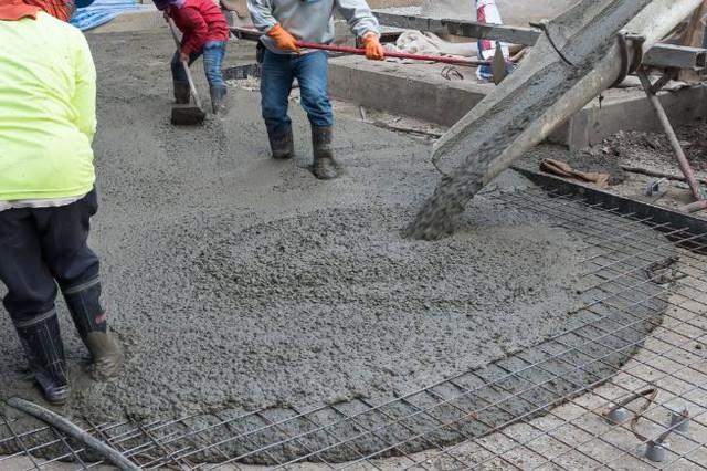 Perlengkapan Keselamatan Kerja di Konstruksi Beton Sangat Penting