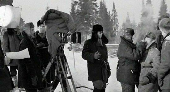 Все ли фильмы Вы узнаете по фото? Это старое доброе советское кино, такого 1589378017_zakulise-2
