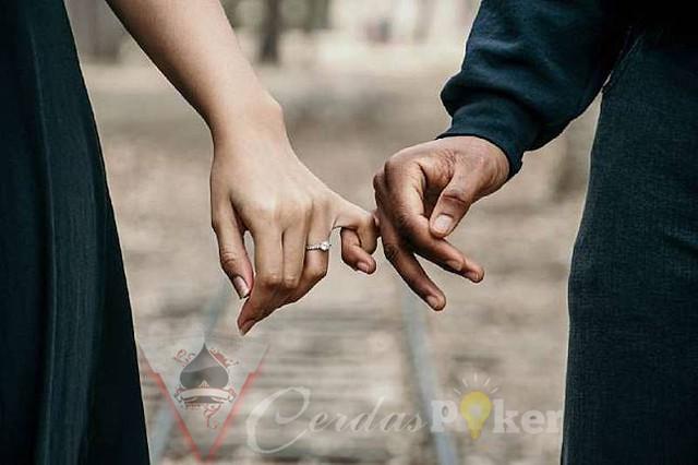 Penyebab perempuan lebih suka menjalin hubungan dengan suami orang