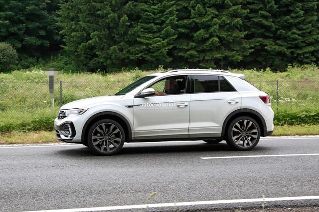2022 - [Volkswagen] T-Roc restylé  56103-B39-3-C4-A-49-F9-B434-B8-B6-AC9-CFAA2