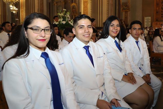 Graduacio-n-Medicina-23