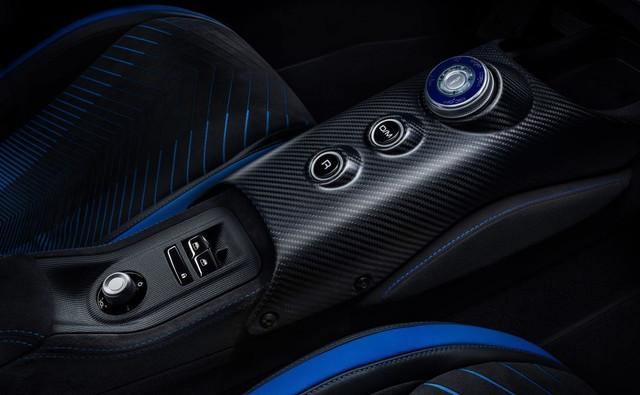 2020 - [Maserati] MC20 - Page 5 B6842532-7-ADC-40-EF-929-A-CD28-F79-CBB5-A