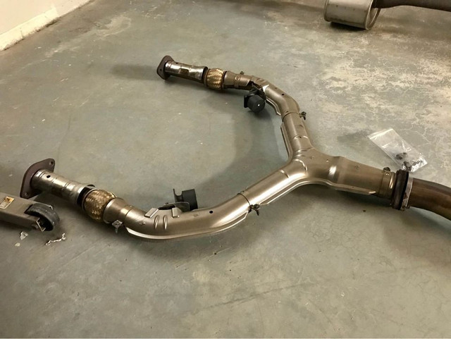 OEM-front-pipe-left-angle.jpg