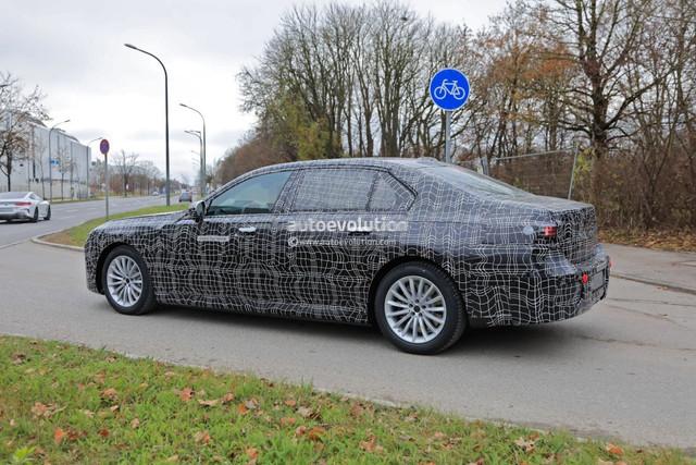 2022 - [BMW] série 7  - Page 5 7393-D8-C9-99-E0-43-F9-B476-C56376-A105-E1