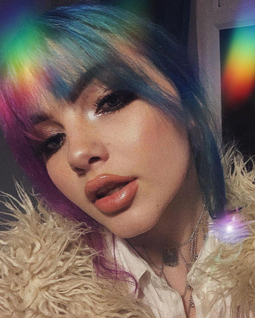 Sophia-Mitchell-Wallpapers-Insta-Fit-Bio-6