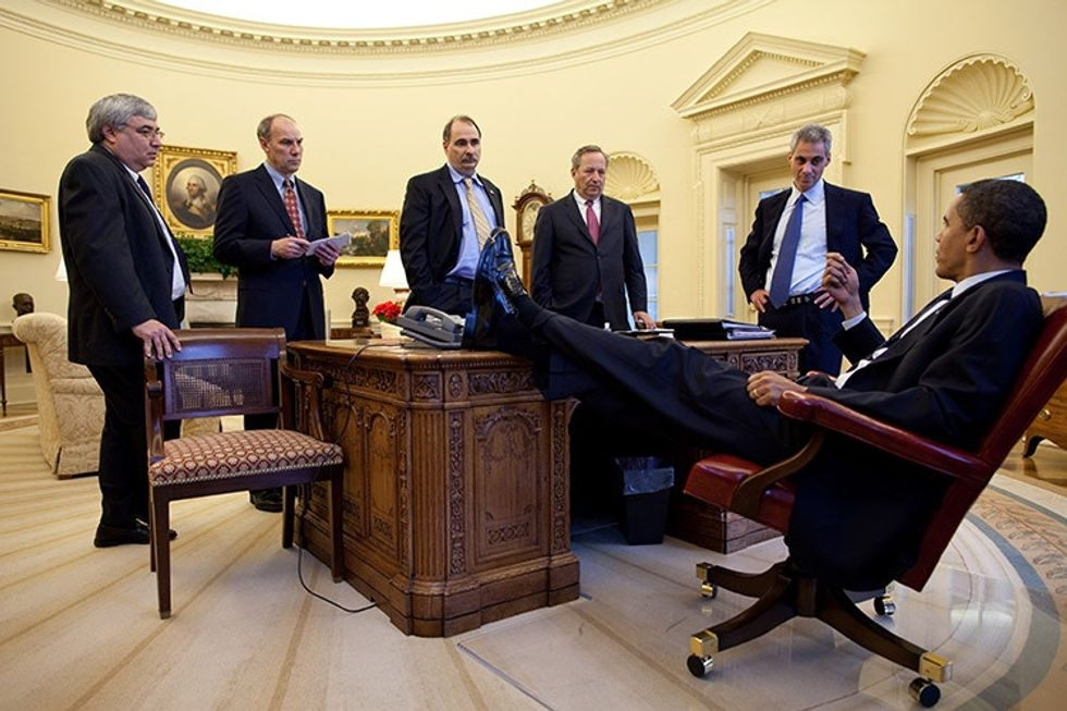 After-Obama-was-elected-he-put-his-leg-on-the-president-s-desk
