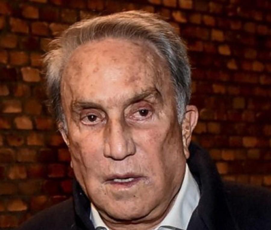Emilio Fede ricoverato in gravi condizioni