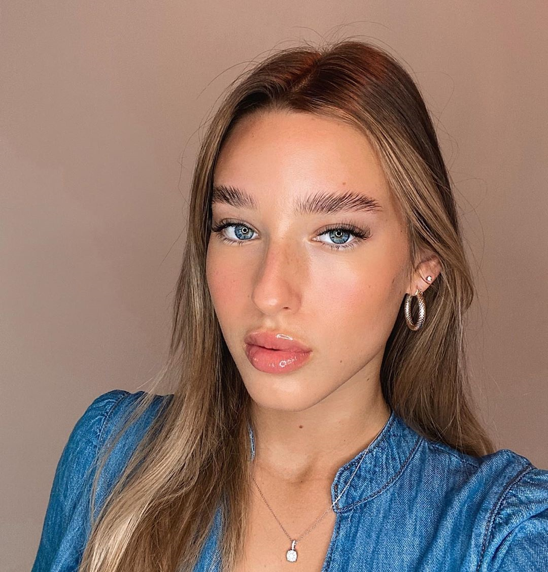 Tanya-Lauren-Wallpapers-Insta-Fit-Bio-8