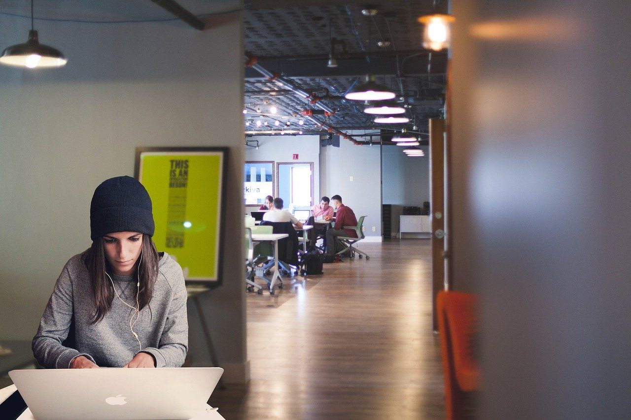 most-successful-small-business-ideas-Coworking-spaces