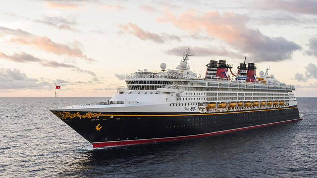 The-Disney-Magic-embodies-the-Disney-Cruise-Line-tradition-of-blending-the-elegant-grace-of-early-20