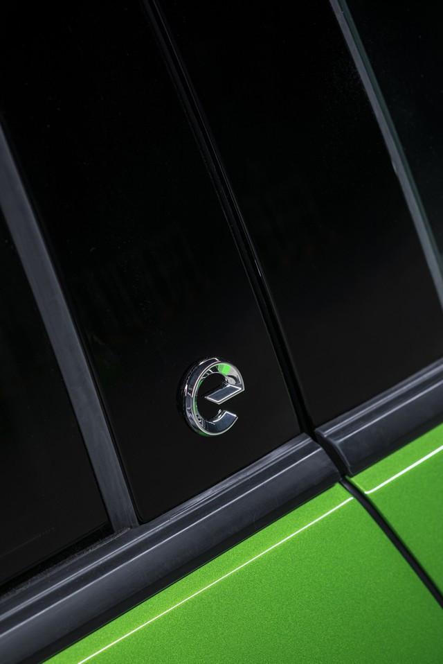 Première mondiale : le nouvel Opel Mokka 08-Opel-Mokka-e-513403