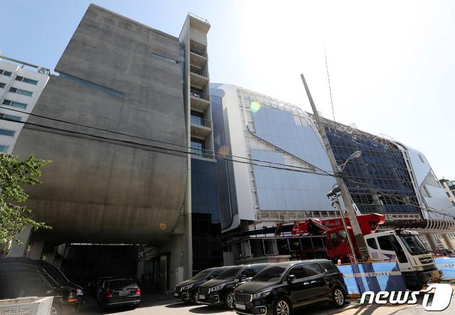 28-YG-MBC-YG-YG-YG-2019-5-28-1