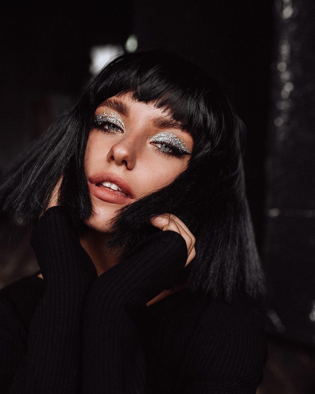 Alexandra-Burimova-Wallpapers-Insta-Fit-BIo-8