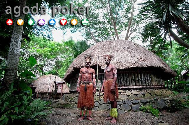 Kisah Viral Orang-orang Papua Buta Huruf Ditipu Pedagang Diberi Sarden Kedaluwarsa