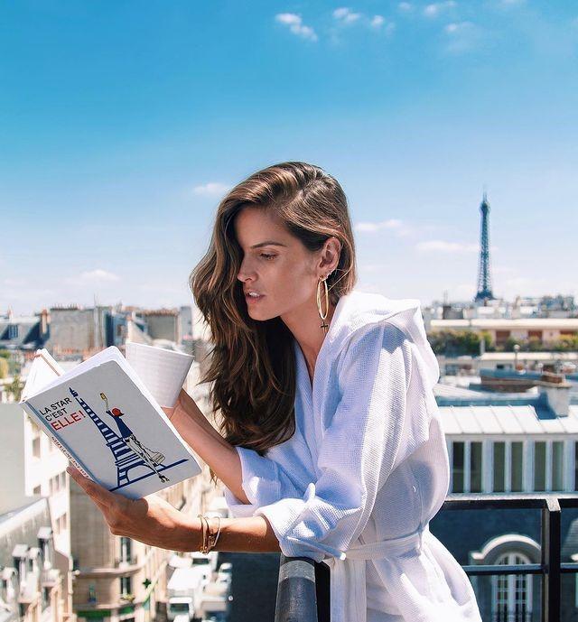 Photo-by-Izabel-Goulart-in-Paris-6
