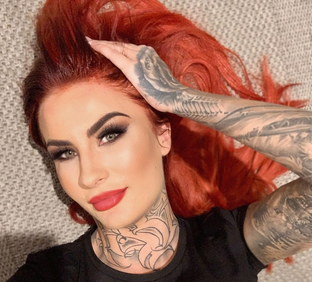 Tattooed-Katia-Wallpapers-Insta-Fit-Bio-2
