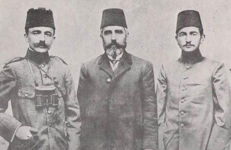 [Resim: Enver-Pa-a-Babas-Ahmet-Bey-Karde-i-Nuri-Killigil.jpg]