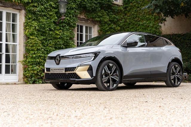 2021 - [Renault] Mégane E-Tech Electric [BCB] - Page 15 7-CAE581-A-FAD5-4791-82-B6-42204-FF2-F8-A4