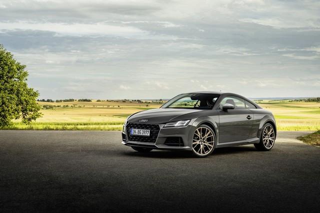 Accent sportif : l'Audi TTS competition plus A208514-medium