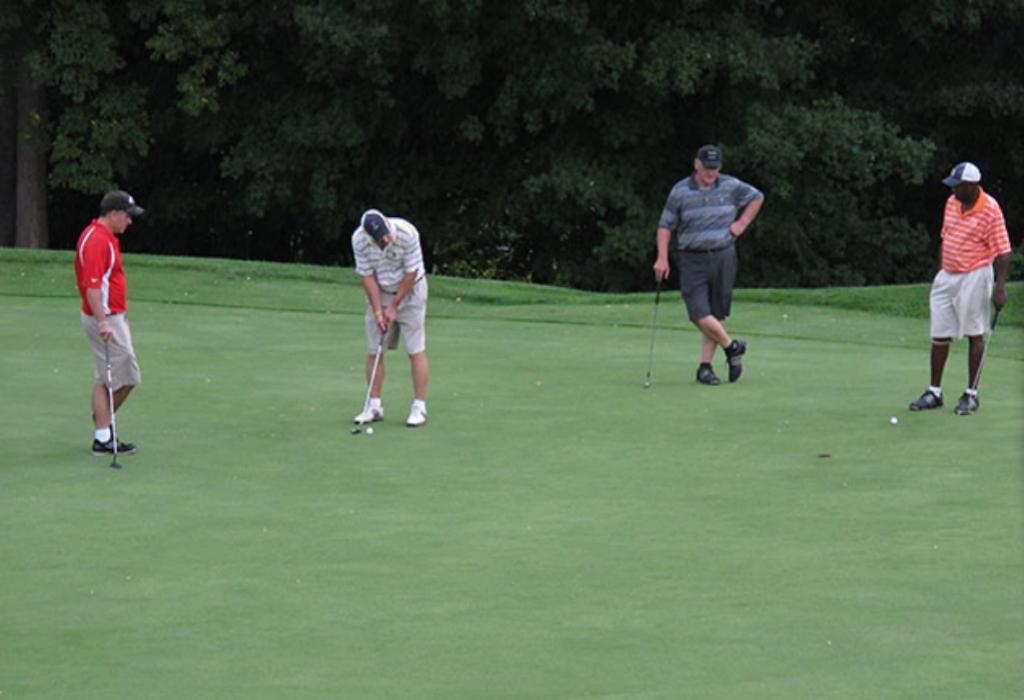 Fry Club Sports Golf Center