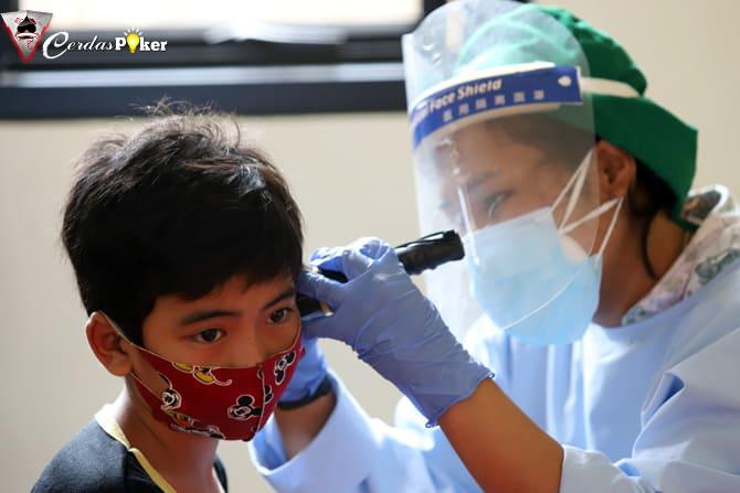 Gatal, Jangan Asal Mengorek dan Bersihkan Telinga, Ini Saran Dokter