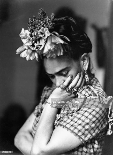 Frida-Kahlo-portrait-2.jpg