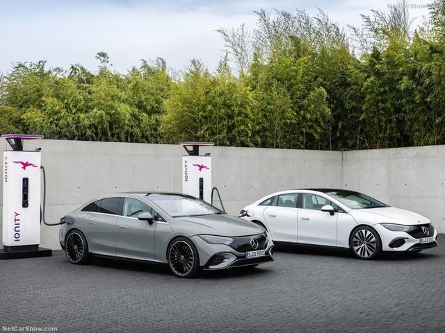 2021 - [Mercedes-Benz] EQE - Page 4 005-DF22-E-FF75-4-A72-BB6-F-4-CBD9-A770470