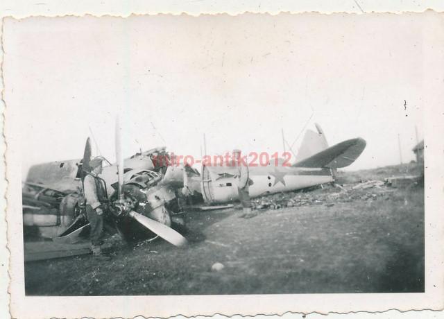 Foto-Luftwaffe-zerst-rter-Bomber-der-Russen-in-Salsk