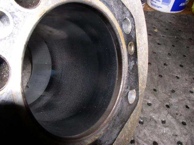 V7 Sport engine teardown 10