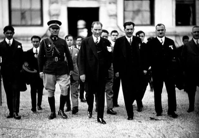 Atatürkün Bilime Katkıları Nelerdir Atatürkün Bilime Yaptığı