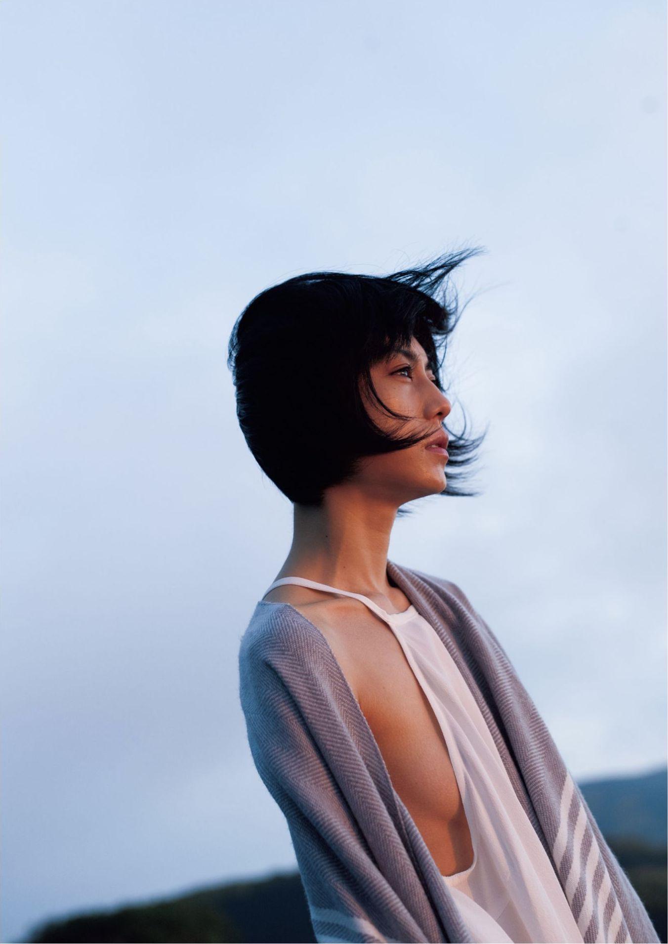 芳野友美ファースト写真集『或る女』082