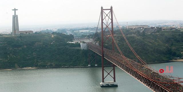 Puente 25 Abril Medio Maratón Lisboa Travelmarathon.es